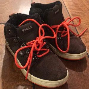 Etnies boys shoes